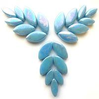 063p Iridised Mid Turquoise Petals