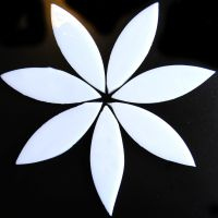 Large Petals: MG01 Pure White: 7 pieces