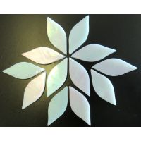 Small Petals: MY01 Shining White: 12 pieces